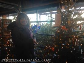 Lisa Melnychuk at the shops